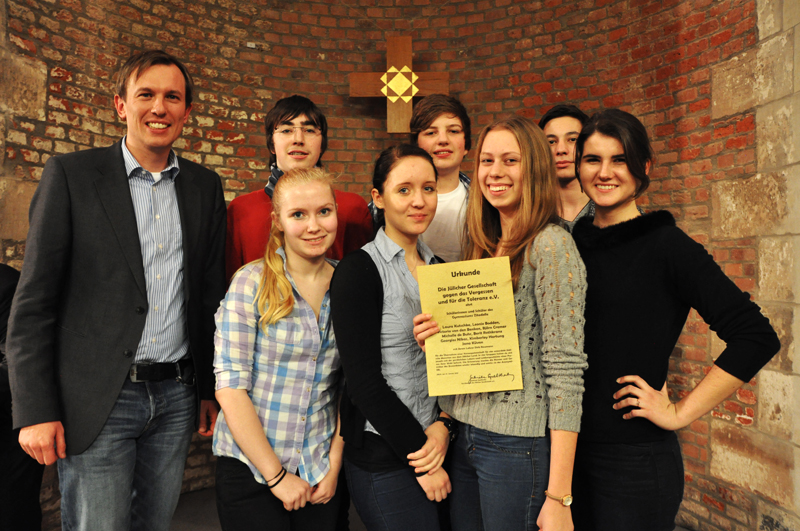 Die Teilnehmer des Projektkurs Geschichte, die am 27.01.14 an der Ehrung teilnahmen.
