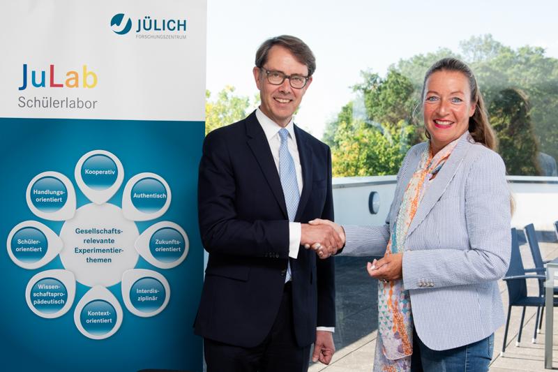 Fotos: Forschungszentrum Jülich / Kurt Steinhausen